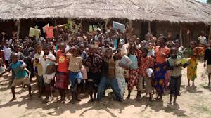 Los Gobiernos de los países en desarrollo también deben comprometerse con la educación