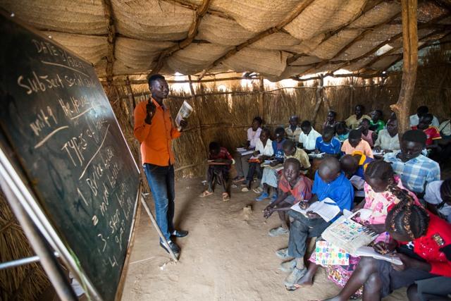 Se necesita más que dinero para ayudar a millones de niños desplazados en elmundo