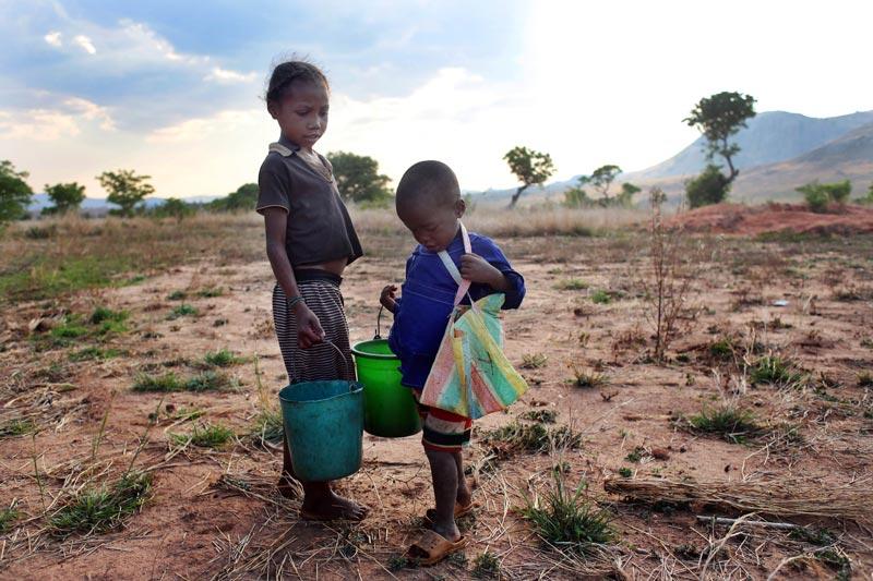 31 millones de niñas y niños desplazados a la fuerza